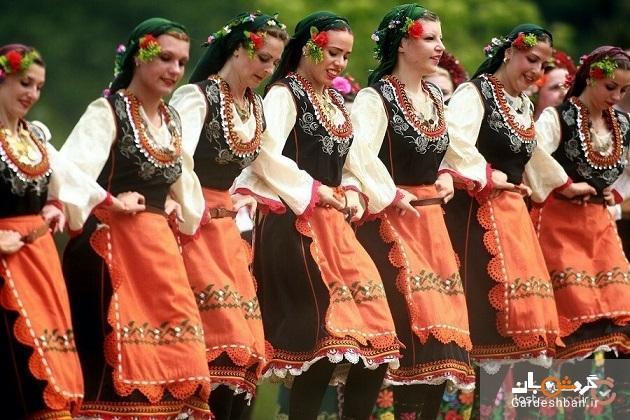 چرا لباس محلی بلغارستان، چیزی بیش از یک لباس زیبا است؟