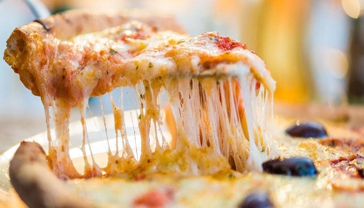 طرز تهیه 12 نوع غذا با پنیر پیتزا