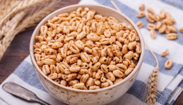 طرز تهیه گندمک شیرین خانگی پفکی، ترد و طلایی